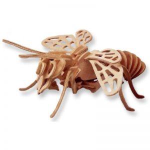 3D houten bouwpakket van een hommel. Vervaardigd van FSC hout.