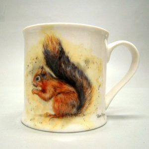 Grote mok met mooie afbeelding van een eekhoorn