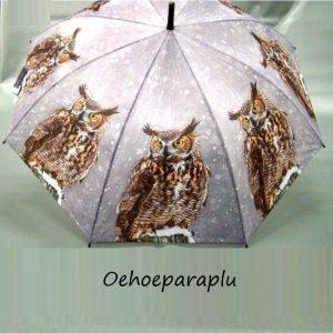 Paraplu met afbeelding van een oehoe