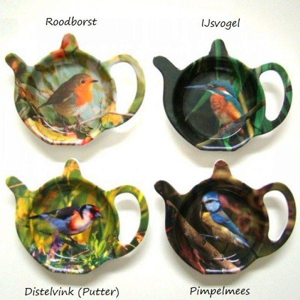 Theezakhouders met afbeeldingen van vier Nederlandse vogels